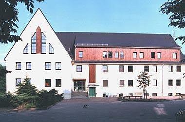 Behindertenwohnheim-Erweiterung Aufstockung Behindertenwohnheim