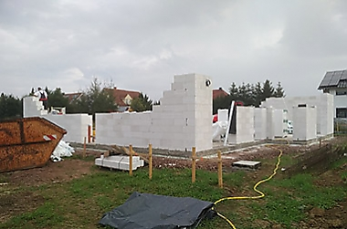 Eigenheim-mit-grundstueck-bauen Neubau eines Einfamilienhauses