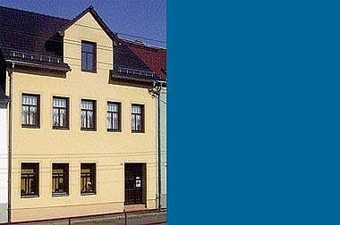 Fertighaus-Hochbau Wohn- und Geschäftshaus
