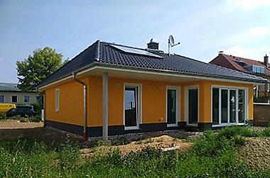 Haus-bauen-Niedrigzins-sichern Neubau eines Einfamilienhauses