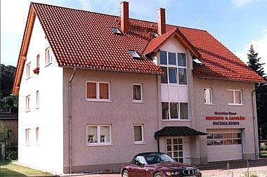 Haus-kaufen-Hochbau Wohn- und Geschäftshaus
