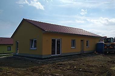 Haus-mit-grundstueck-bauen Neubau eines Einfamilienhauses