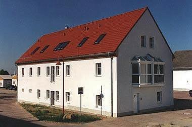 Hausbau-Gebäude INTERSCHOOL Ossig e.V.