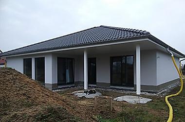 Hausbau-Kredit-Zinsen Neubau eines Einfamilienhauses