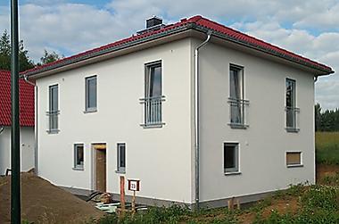 stadthaus-mit-grundstueck-in-der-naehe-von-Dresden Neubau eines Einfamilienhauses